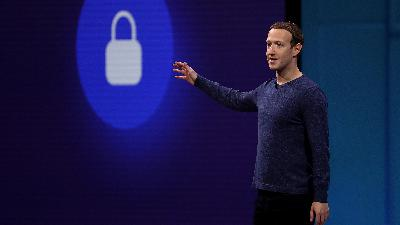 Turns out, the people who work at Facebook are fighting just as much as the rest of us