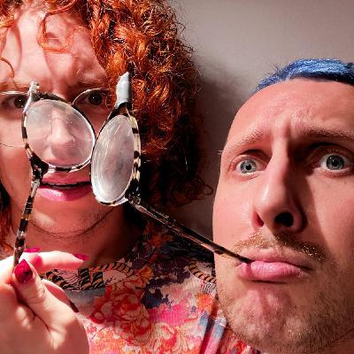 Rzucanie w ludzi złamanymi okularami