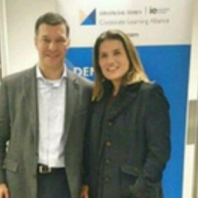 VanDyck Silveira- CEO da Financial Times | IE Corporate Learning Alliance. Do heavy metal ao Financial Times.