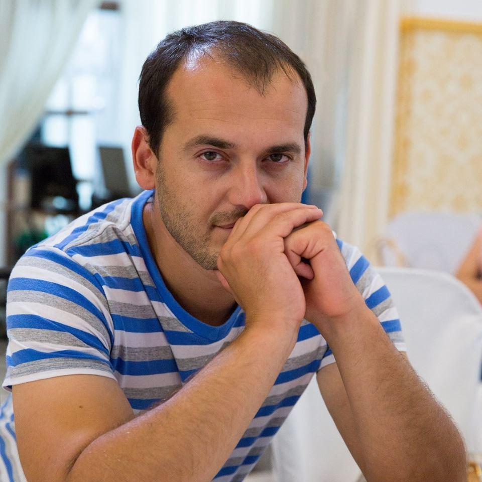 Культура кримських татар у обличчях. Длявер Дваджіев