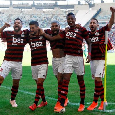 Flamengo atropela na volta do Brasileirão e mostra que pode impedir bi do Palmeiras