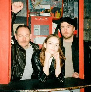 CHVRCHES #ProjectUnfollow Interview