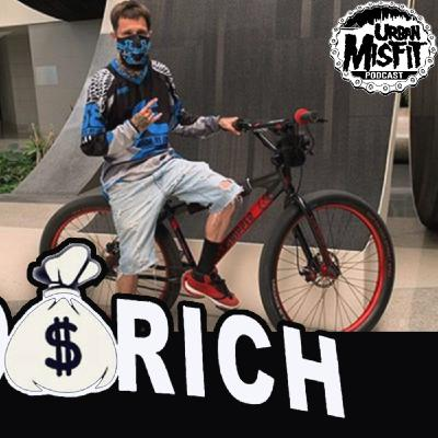 Urban Misfit LIVE   Mike aka @hoodrichbikelife First time in Cali, first city to ride, Sacramento!