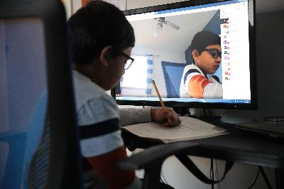 Remote learning leaves schools with a problem: how to get everyone online