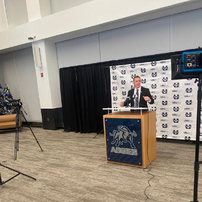 Blake Anderson introduced as new HC