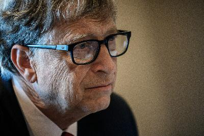 Gates: The U.S. isn't helping get a COVID vaccine to the rest of the world