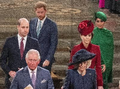 285: 09/03/21 - Will Prince Harry Spill the Royal Tea on His Step Mom, Camilla Parker Bowles, in His New Memoir