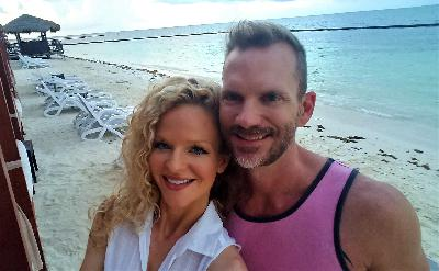 #032 - Desire Resorts: Open Relationships and Ethical Non-Monogamy