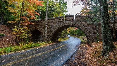 The Carriage Roads & Bridges of Acadia National Park