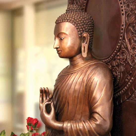'Restraint' - Ajahn Dhammasiha