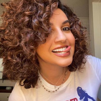 Amanda Salas: Cancer Survivor, Entertainment Reporter, Pun Champ