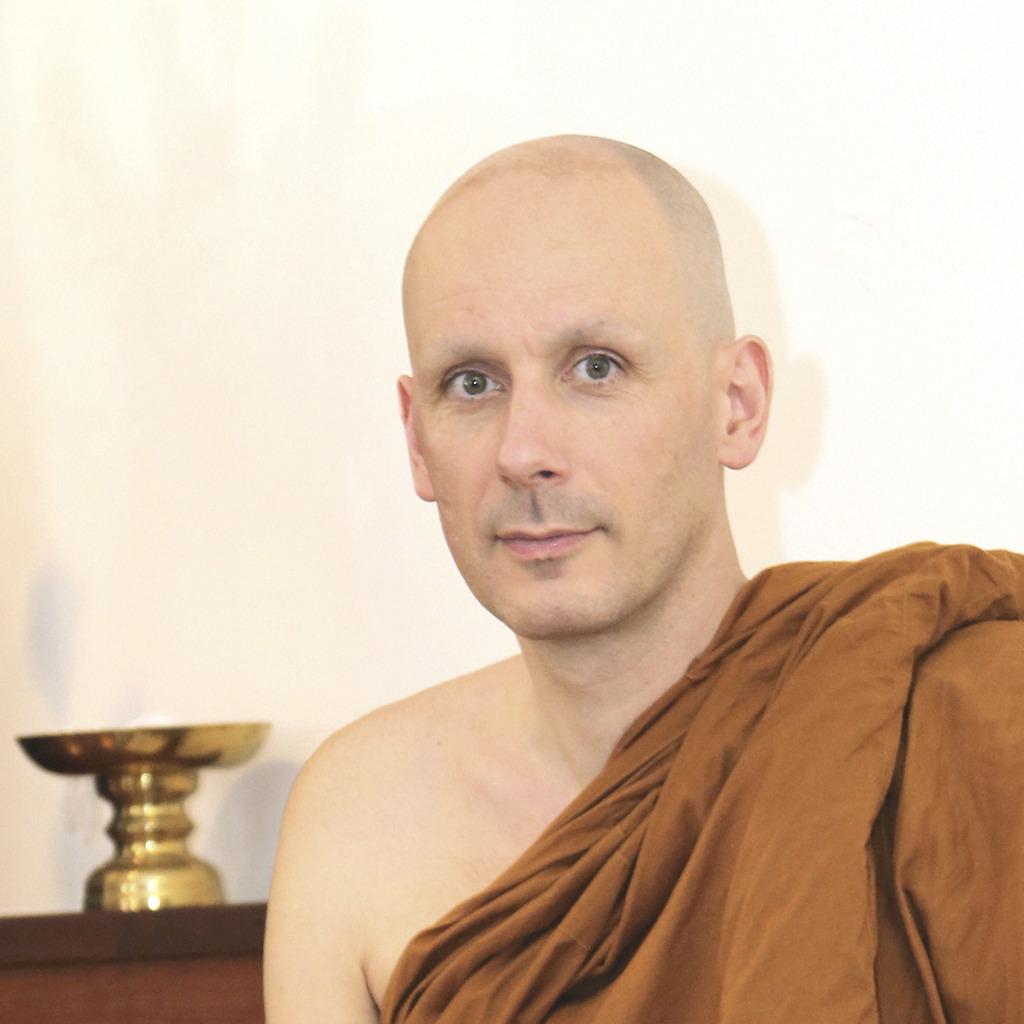 Meditate Like You're Training for a Gold Medal | Ajahn Dhammasiha
