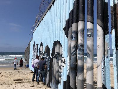 Border Art: Deportation Stories