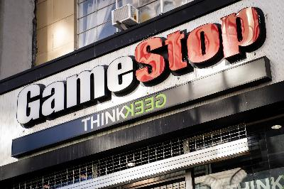 Stonktime: r/WallStreetBets And GameStop