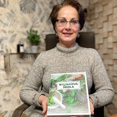 """""""Všetky liečivé recepty mám odskúšané apotvrdené odborníkmi,"""" tvrdí bylinkárka I.Henzelyová"""