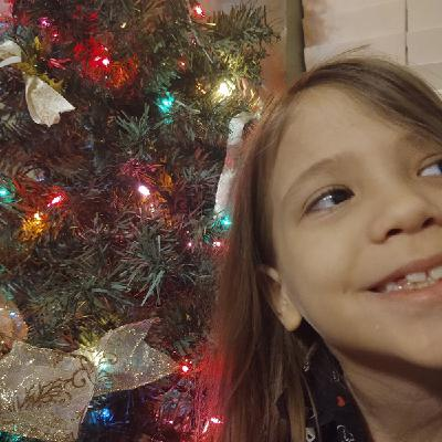 Ep. 57. About Love And Christmas By Lilli And Lizzie. The Princess Show Podcast.