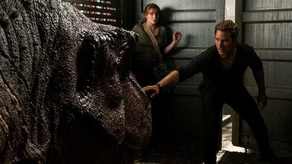 Jurassic World, Jurassic Park and What's Making Us Happy