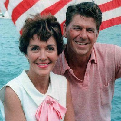Nancy et Ronald Reagan, une histoire de cinéma, de conservatisme et de soutien
