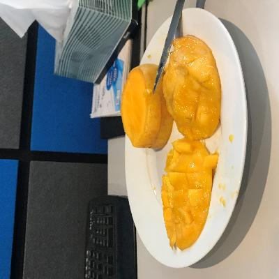 Cutting Mangoes (for the first time), Wednesday Riddles and MORE!