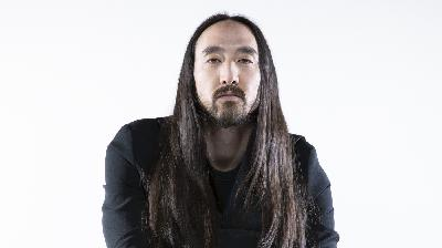 Nerding Out With Steve Aoki