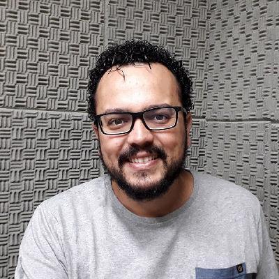 728 - Chico Xavier o Homem do Futuro com Juliano Pozati