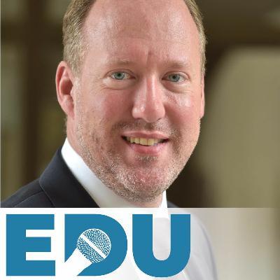Christian Büttner (Leiter IT-Strategie für Nürnberger Schulen) über Chancen für Schulen & Kommunen