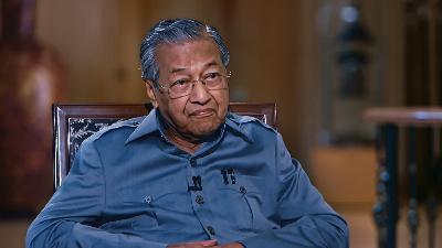 مهاتير محمد: لم أشعر بالغيرة من أنور ابراهيم.. ولو كنت فاسدا لما أنقذت ماليزيا من تجار العملات