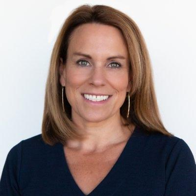 Storytelling with Mindi Bach, Senior Director of Sports PR at Oracle
