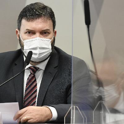 Alexandre de Moraes inclui Bolsonaro no inquérito das fake news; Copom sobe taxa de juros; e o skate masculino em Tóquio