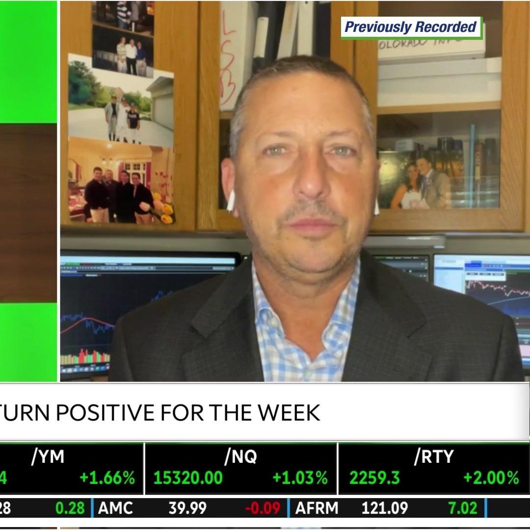 The Fed & DRI, BA, KMX Stocks