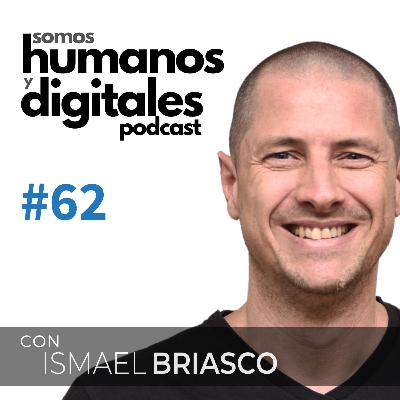 """#62 - Santiago Bilinkis: """"Me moviliza y nutre hacer cosas útiles para los demás""""."""