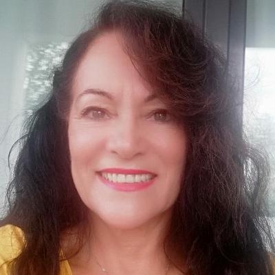 Ieda de Oliveira convida Regina Drummond