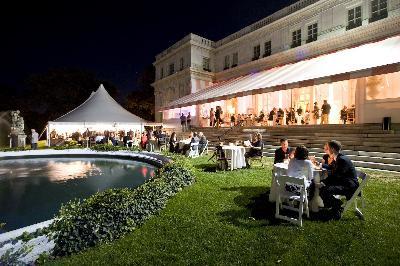 Wicked Rhody: (9/20/19 – 9/22/19) Newport Mansions Wine & Food Festival