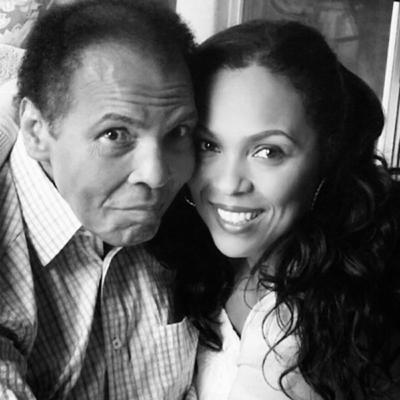Ep 100 - Muhammad Ali: In His Daughter's Eyes (ft. Hana Ali)