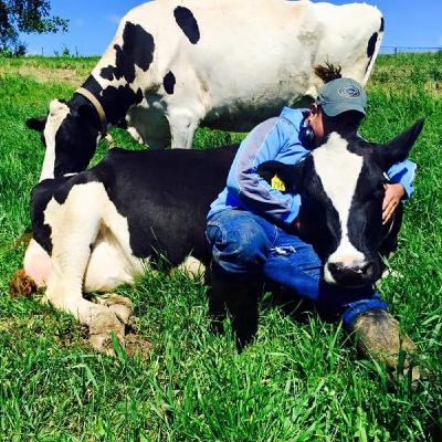 Stories on Pasture: Edgar Navarro shares about the benefits of grazing from the farm worker perspective