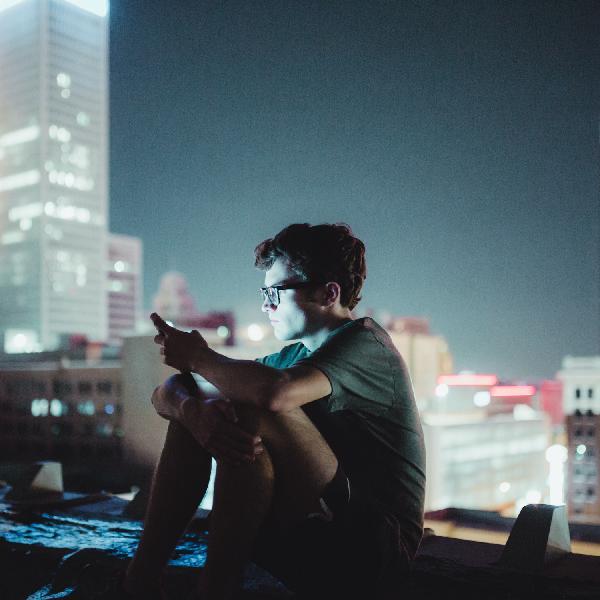 032 - The Dark Side of Social Media