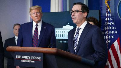 Who got half a trillion in COVID loans? The Trump administration won't say