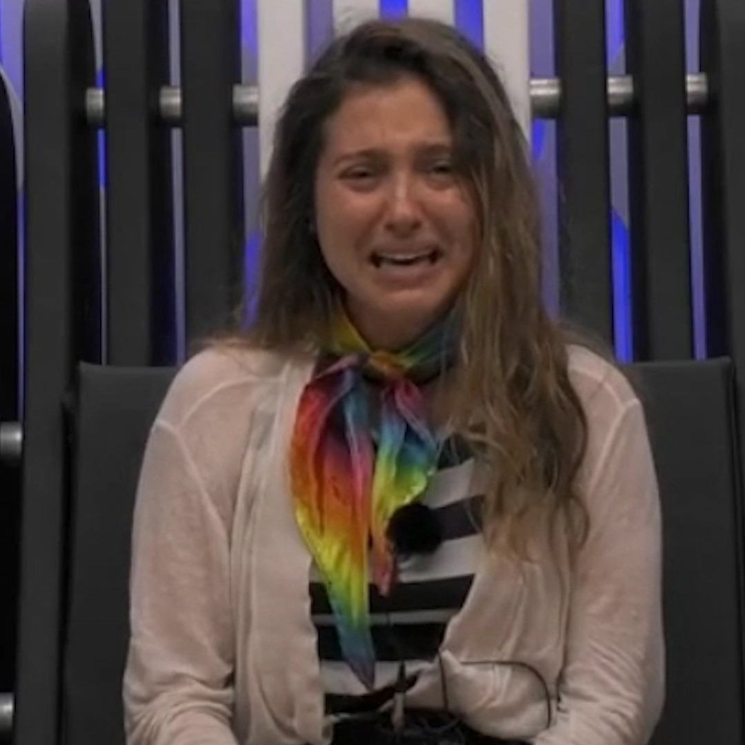 Brasileira vegana chora no Big Brother Portugal