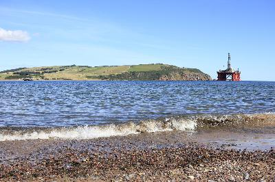 3630: Waves on Cromarty beach, Scotland