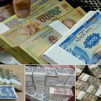 VOV - Trước giờ mở cửa: Cảnh báo vi phạm pháp luật khi tham gia đổi tiền lẻ ở thị trường tự do