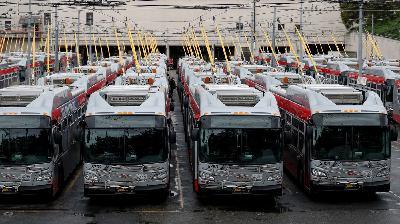 The Public Transit Problem