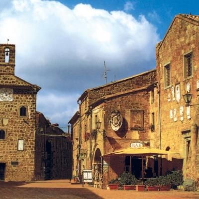 64 - Sovana, l'incantata cittadina di san Gregorio VII