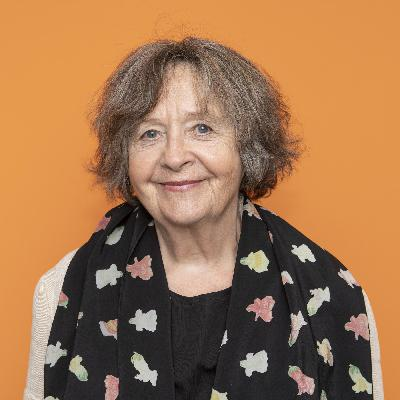 Angelika Waldis, Schriftstellerin