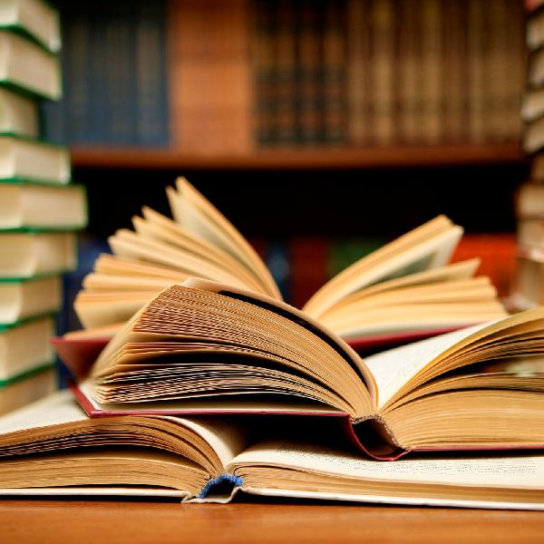 Какие книги могут помочь в трудный момент?