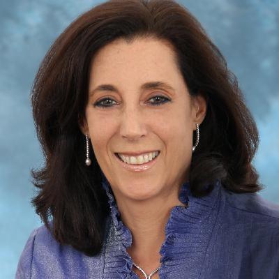 Gladys Mezrahi - empresaria - Panelista del Desayuno de Junio