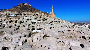 مراسلو الجزيرة- مدينة نفشهير بتركيا وصحراء توتوري اليابانية