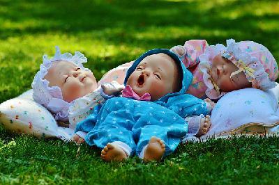 Секреты здорового сна: как выспаться маме и новорождённому ребёнку