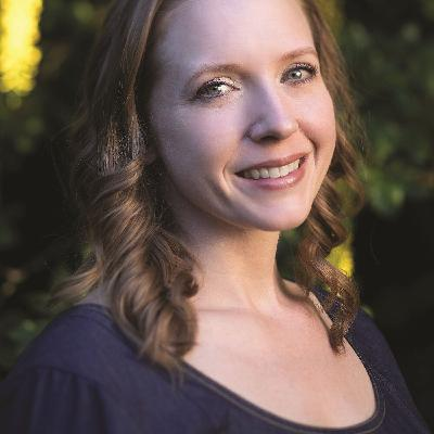 Episode 72: Series - Anti-Diet Approaches to New Year's Resolutions with Tiffany Thoen