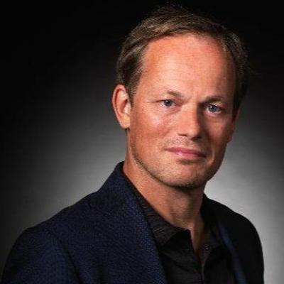 Lunchtime Listen | Exponential Organisations - The Power of Technology with Yuri van Geest