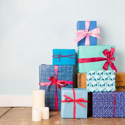 Episode 373 - If you are going to wrap the present, GIVE IT!